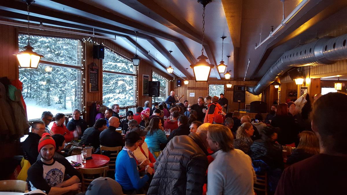 Bar Le Tucker